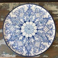 Prato estilo italiano! Para informações sobre valores mandem direct ☺ #ceramic #ceramica #cerâmica #art #arte #artist #artista #decoracao #decoration #decorations #decoração #pinturaamao #handmade #pintura #lilianacastilho