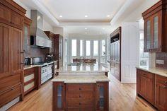 43 ideas for dark wood kitchen worktop layout Dark Wood Cabinets, Brown Cabinets, New Kitchen Cabinets, Kitchen Worktop, White Cupboards, Cherry Cabinets, Dark Countertops, Kitchen Countertops, Custom Kitchens