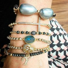 Set By Vila Veloni Gray Collection Bracelets