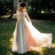 天使嫁衣白色蕾丝透视露背外景海景度假新娘婚纱礼服冬季1193