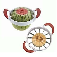 Innovative Product: Cut 12 melon slices in one step! Find out more about this product plus see other amazing kitchen gadgets to prep food like a pro: Cool Kitchen Gadgets, Home Gadgets, Cooking Gadgets, Cooking Tools, Kitchen Hacks, Cool Kitchens, Travel Gadgets, Kitchen Supplies, Kitchen Items