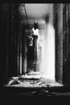 A phantasm haunting a Terran ruin