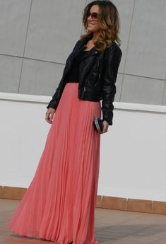Long Skirt: Pink                                                                                                                                                                                 Más