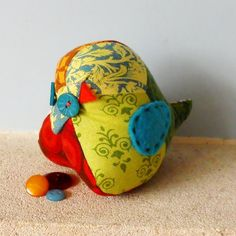 Retro Bird Pin Cushion Chubby Chick in 70s Patchwork Vintage fabric £9.00