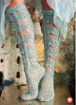 Crochet Lace Stockings by Shiri Mor. I CAN NOT WAIT to get my hands on a Vogue Knitting crochet issue! Vogue Knitting, Knitting Socks, Knitting Needles, Crochet Crafts, Crochet Lace, Crochet Projects, Crochet Mandala, Double Crochet, Free Crochet