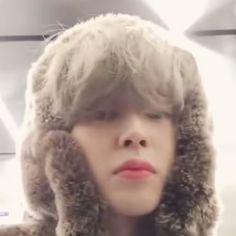 Mochi, Namjoon, Bts Taehyung, Bobbies Shoes, Bts Billboard, The Moon Is Beautiful, Park Jimin Cute, Foto Jimin, Love U Forever