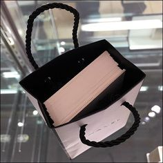 Supporting multiple offerings by the famous brand is this Chanel Perfume Tester Card Shopping Bag. Diminuative overall it is nevertheless capacious enough Retail Fixtures, Store Fixtures, Perfume Testers, Chanel Perfume, Retail Interior, Print Packaging, Famous Brands, Visual Merchandising, Shopping Bag
