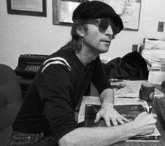 """Une lettre de John Lennon sur une """"affaire de pipi"""" adjugée 64.000 euros"""
