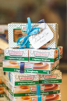 krispy kreme favors! | Rachel Fesko #wedding
