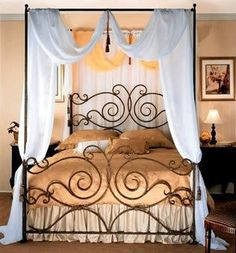 wrought iron canopy bed - I would love this for my room, in a Cal. Wrought Iron Headboard, Wrought Iron Decor, Dream Bedroom, Home Bedroom, Bedroom Decor, Iron Canopy Bed, Canopy Curtains, Canopy Beds, Cast Iron Beds