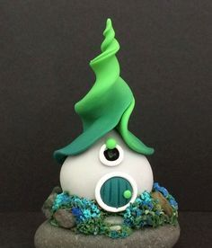 120 easy to try diy polymer clay fairy garden ideas (75)