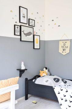 White Bedroom Furniture, Bedroom Wall, Kids Bedroom, Bedroom Decor, Bedroom Ideas, Bedroom Colors, Demis Murs, Toddler Room Decor, Modern Bedroom Design