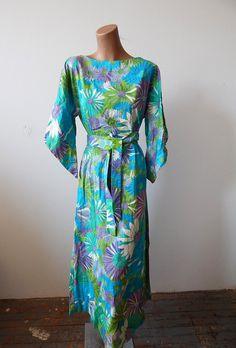 Beautiful Vintage Cotton Floral Maxi Caftan Kiyomi of Hawaii