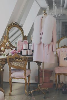 57 Ideas Makeup Vanity Ideas Girly Closet For 2019 My New Room, My Room, Doll Style, Style Lolita, Everything Pink, Beauty Room, Luxury Life, Room Inspiration, Shabby Chic