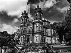 Santuário do Bom Jesus do Monte, também conhecido como Santuário do Bom Jesus de Braga  - Portugal