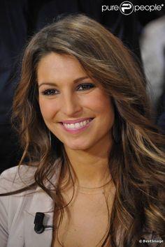 Laury Thilleman, née le 30 juillet 1991 à Brest, elle est la 82e Miss France, élue le 4 décembre 2010 sur TF1. Depuis la fin de son règne, elle est journaliste chez Eurosport.