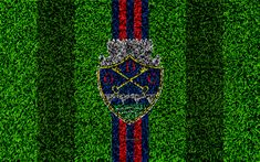 Download wallpapers GD Chaves FC, 4k, logo, football lawn, Portuguese football club, blue red lines, Primeira Liga, Chaves, Portugal, football