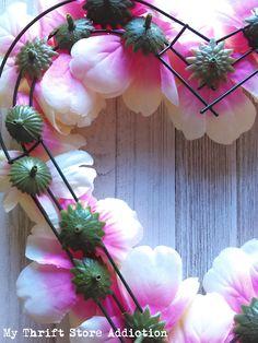 Dollar Store Peony Heart Wreath for Valentine's Day through Spring - DIY Gartendekor Dollar speichert Valentine Day Wreaths, Homemade Valentines, Valentines Day Hearts, Valentines Day Decorations, Valentine Day Crafts, Printable Valentine, Valentine Box, Valentine Ideas, Wreath Crafts