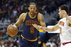 Channing Frye defends Cavs locker room, says it's one of...: Channing Frye defends Cavs locker room, says it's one of tightest groups he's…