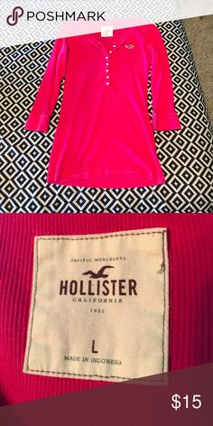 Hollister 3/4 Sleeve Button Up Shirt Worn very few times. No rips, tears, or stains. Hollister Tops Button Down Shirts