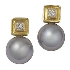 The perfect summer pair! 18kt Yellow Gold and Diamond Gray Tahitian Pearl Earrings #LauraPearceLTD #Pearls #Earrings