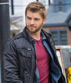 """Mike Vogel -- from """"Under the Dome"""""""
