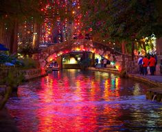 christmas lights in San Antonio Texas riverwalk