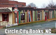 BOOK MURAL at Circle City Books & Music in Pittsboro, North Carolina © Myles FRIEDMAN (Bookstore Owner) via his Blog, Jan 20, 2013. Mural by his daughter, Bailey FRIEDMAN & friend, Emily KERSCHER (Artists, North Carolina). Street Art. Book Shop ...
