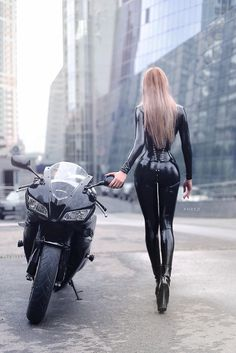 I always dress like this on my bike More