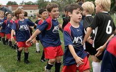 Sportsmanship: How it needs to be learned off the field and put into use on the #soccerfield. Ways to teach kids good #sportsmanship and how it is a great tool for life! #AustinSoccer