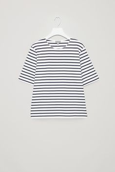 COS is a contemporary fashion brand offering reinvented classics and wardrobe essentials made to last beyond the season, inspired by art and design. Breton Shirt, Breton Stripes, Latest Clothes For Men, Contemporary Fashion, Navy And White, Fashion Brand, Cos, Menswear, Striped T Shirts