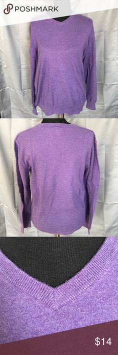 Old Navy Purple 💯% Cotton Old Navy V-Neck. Purple 100% cotton sweater. Gently used.  Please see pics. Bundle A36. Old Navy Sweaters V-Neck