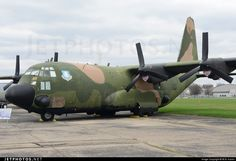 Lockheed AC-130A Spectre 54-1626 182-3013 Dayton Wright-Patterson Air Force Base - KFFO Cargo Aircraft, Military Aircraft, Air Fighter, Fighter Jets, C130 Hercules, Ac 130, Vietnam War Photos, Vintage Airplanes, Boxer