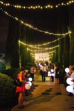 Merritt Mansion, Pasadena   Tracy Dodson Photography #outdoorlighting #stringlighting #bistrolights #canopy #wedding #reception #ceremony #glowstick #balloon