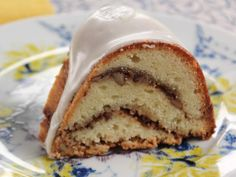wow delicious - trisha yearwood's sour cream coffee cake