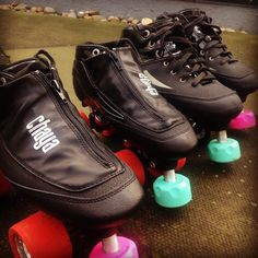 Nothing says true love like matching skates and sharing toe stops  #Chaya #chayaskates #chayaderby #rollerderby #derby #quadskates #quadskating #skating #skates #skate #cherrybomb #pearl #diamond #juicewheels #truelove #carbonskates #carbonquads #carbon #wftda #derbylove #derbylife by chaya_skates