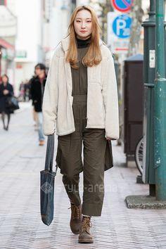 Dini | UNIQLO Dr.Martens ZARA Nudie Jeans  | 5th week  Jan. 2017 | Shibuya | Tokyo Street Style | TOKYO STREET FASHION NEWS | style-arena.jp