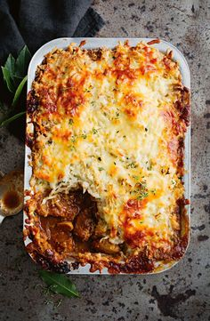 Guinness beef and colcannon cottage pie Guinness-Rindfleisch und Colcannon Pie Irish Recipes, Meat Recipes, Cooking Recipes, Recipies, Chicken Recipes, English Recipes, English Food, Potluck Recipes, Lamb Recipes