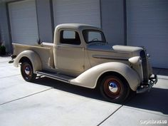 1937 PLYMOUTH PT-50 PICKUP