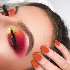 Eyeshadow Looks Caramel Cheesecake Dip yellow orange and pink smokey eye makeup super glam Smokey Eyeshadow Looks, Smokey Eye Makeup, Hooded Eye Makeup, Eyeshadow Makeup, Orange Eyeshadow Looks, Bronze Eyeshadow, Bright Eyeshadow, Peach Eyeshadow, Eyeshadow Palette