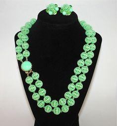 Green Necklace & Earrings  Vintage Hong Kong by LoriLakeTreasures