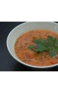 Suppe med jordskokker og tomat