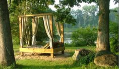 Outdoor Canopy Bed