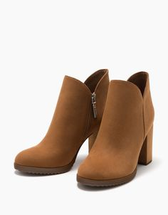 ankle boots with block mid-heel - Boots & Ankle boots - Bershka Finland High Heel Boots, Ankle Boots, Heeled Boots, Bootie Boots, Shoe Boots, Cc Shoes, Fall Shoes, Winter Shoes, Trendy Shoes