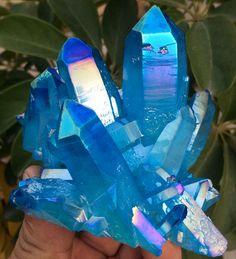373g Light blue Quartz Crystal Titanium Coating Crystal Cluster Rainbows A-173