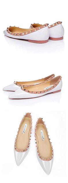 Fashionable Patent Leather Upper Closed Toe Stiletto Heels Wedding Shoes With Rivet