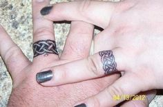 Love... maybe camo rings instead
