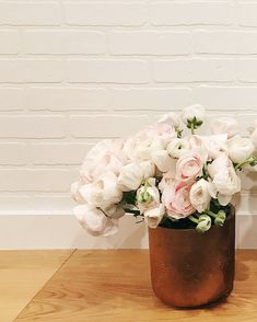 The life of an Oakville florist. SOFT but STRONG statements 🌸💪 Pastel flowers, Blush Ranunculus. Pastel Flowers, Spring Flowers, Ranunculus, Flower Power, Blush, Strong, Vase, Home Decor, Collection