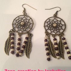 Boucles d oreilles accroche reves  metal  bronze et perles