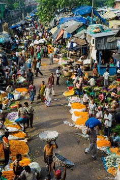 To most people this doesn't seem like vacation... But I absolutely can't wait for September to get here and I will be headed to India  Calcutta flowers market